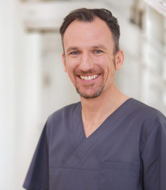 Dr. Roland Horn