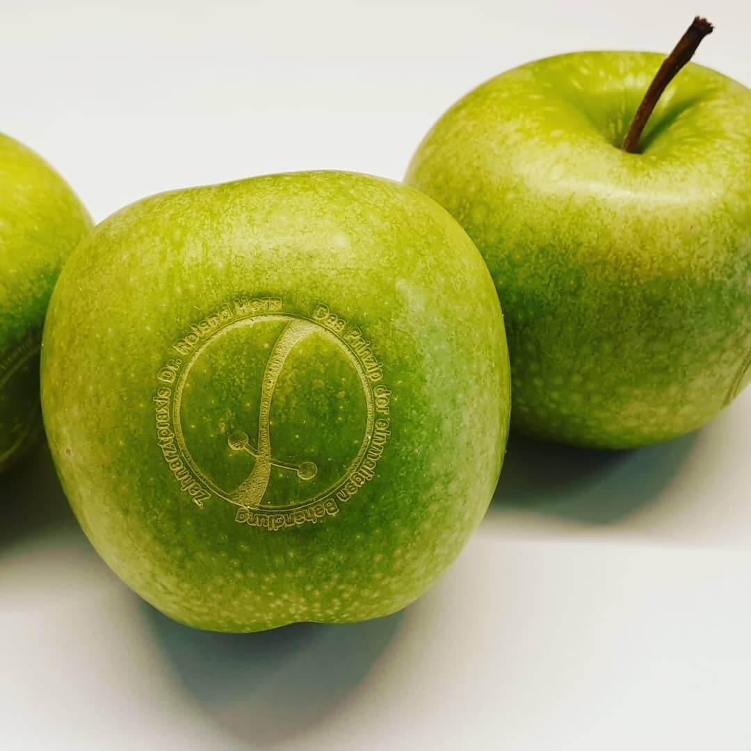 Apfel mit Logo